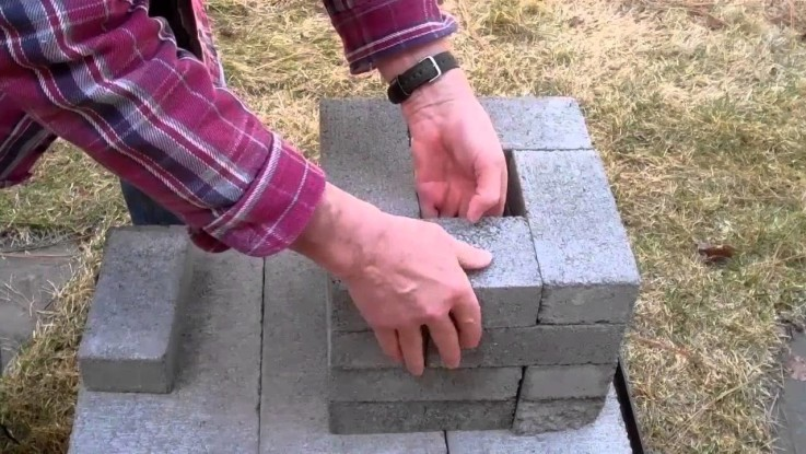 Diy survival hack for making a brick rocket stove for How to make a rocket stove with bricks