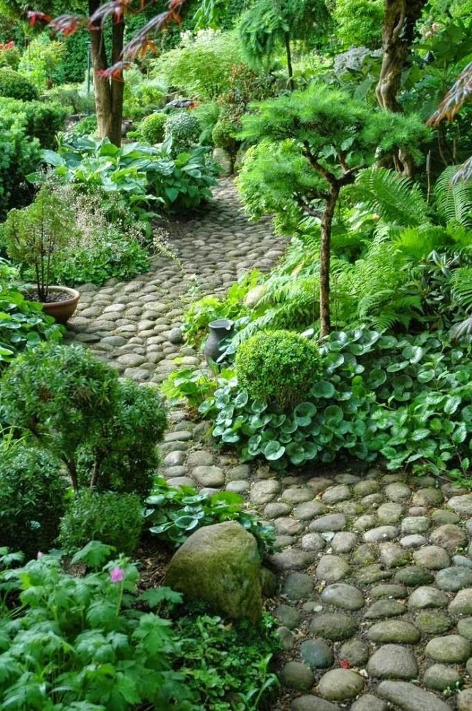 18 Enchanting DIY Garden Path Ideas Showcase Collection on Patio And Path Ideas id=80118