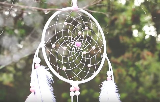 How to make a diy dream catcher diy dream catcher mightylinksfo