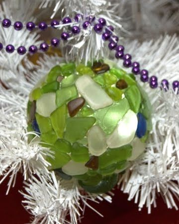 Mosaic Glass Christmas Ornaments  Spheres