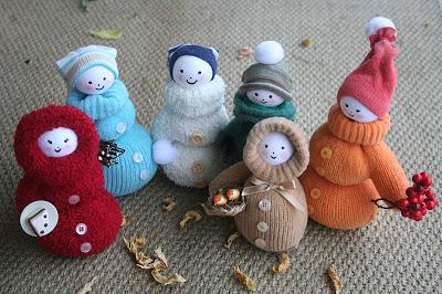 diy mitten dolls