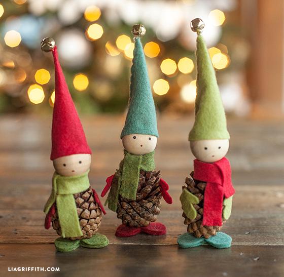 pinecone felt elves
