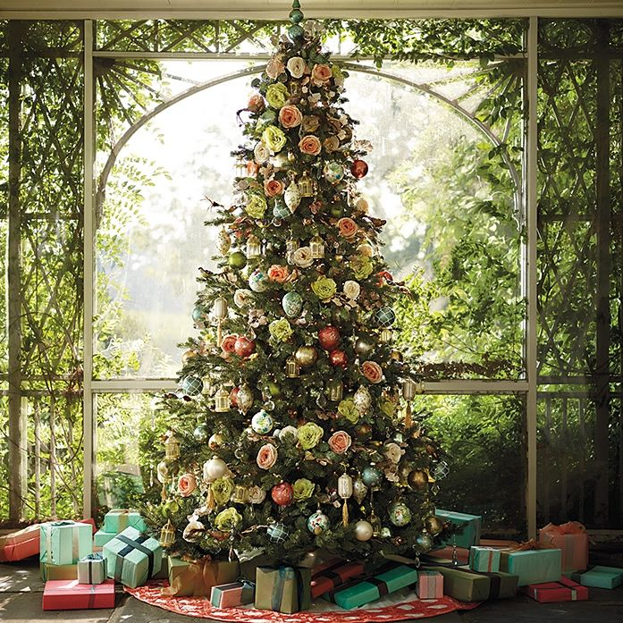 Why Do We Have Christmas Trees For Christmas: Collection Of 8 STUNNING Flower Decorated Christmas Trees